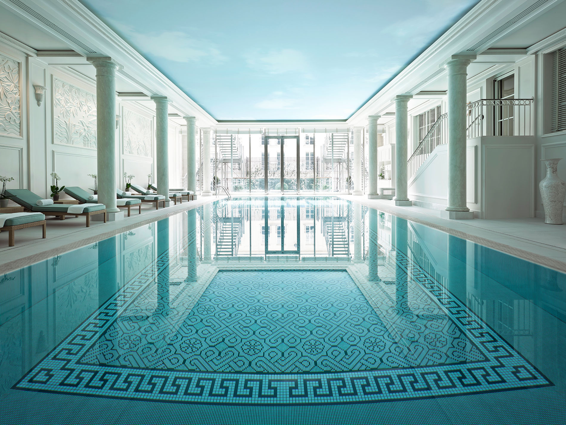 Pool - Shangri-La Hotel, Paris Kopie