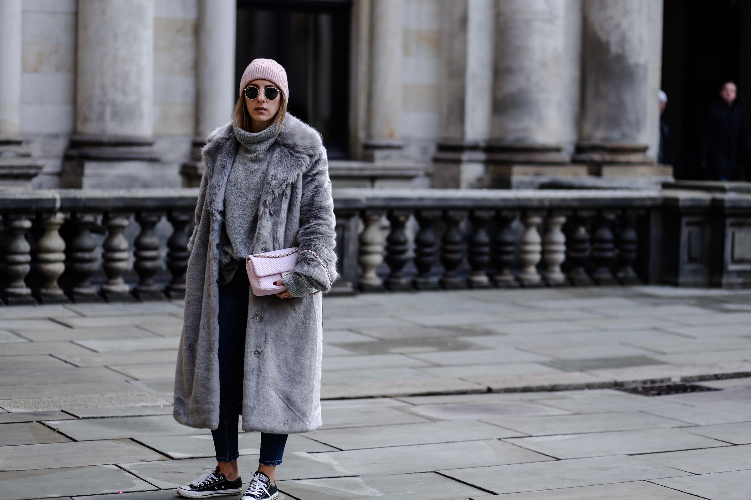 fake_fur_coat_grey_asos