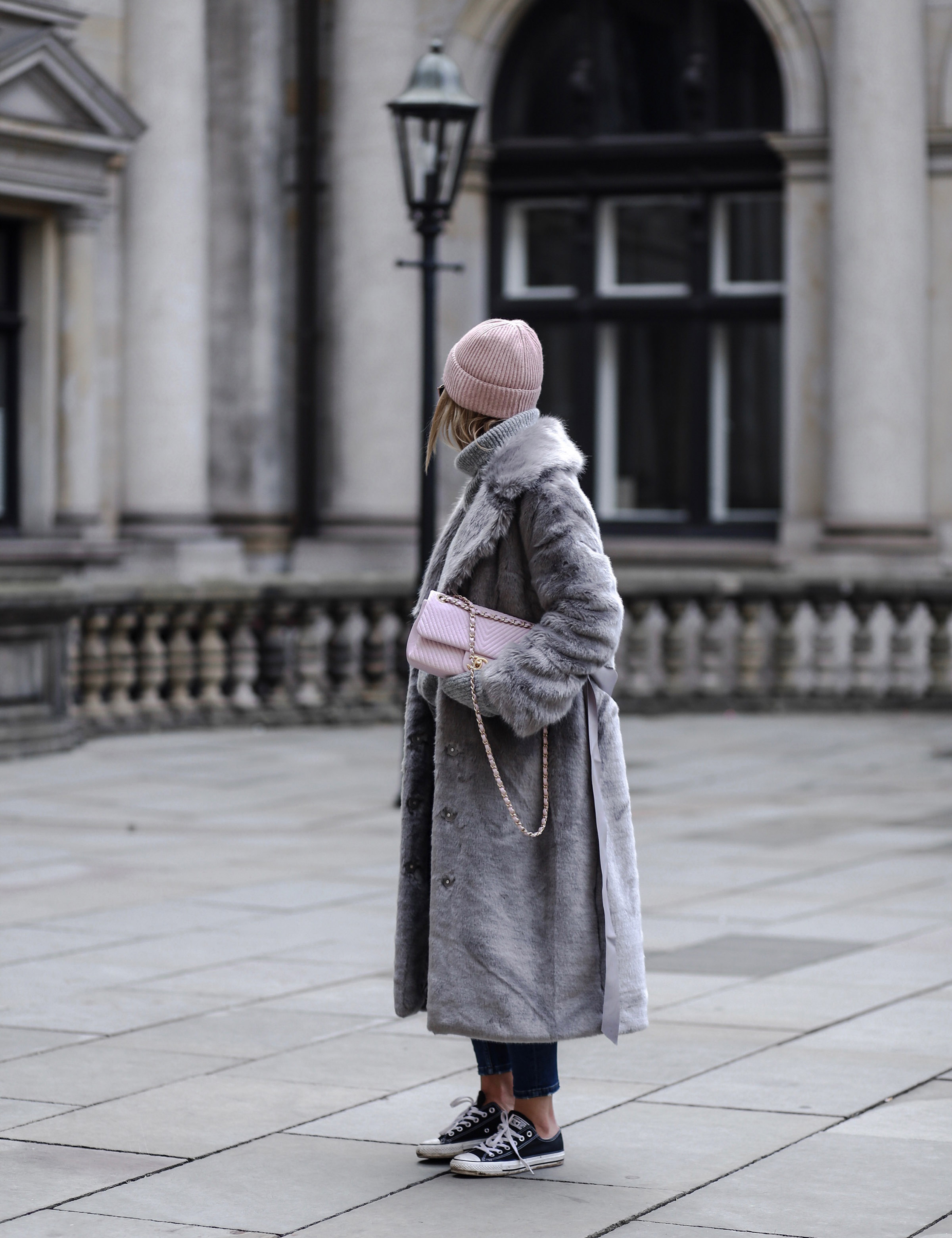 street_style_hamburg_chanel_soft_pink_bag