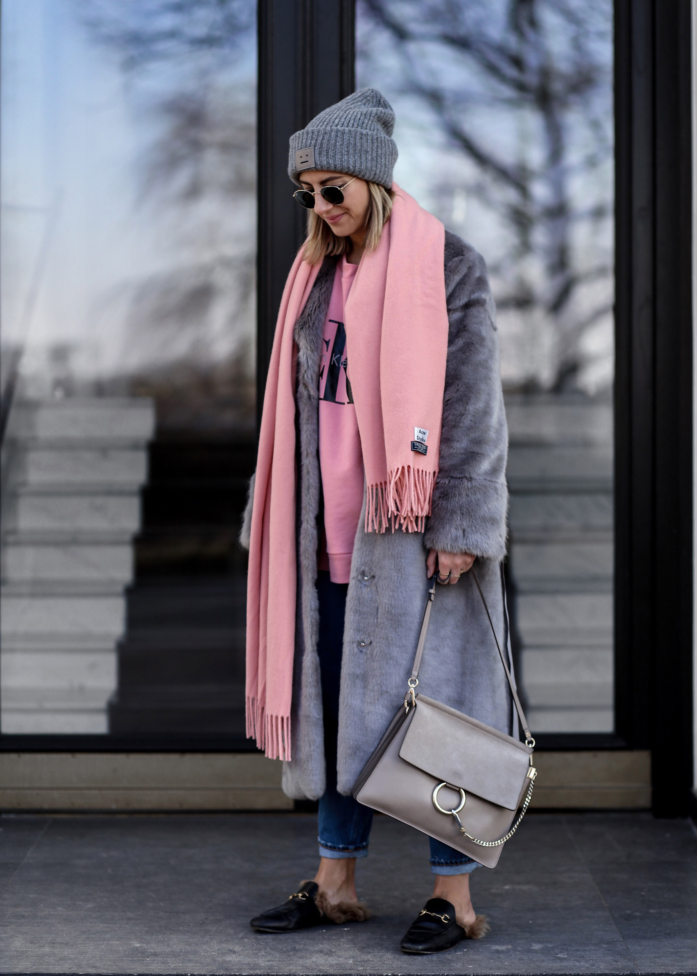 grey_fur_coat_asos_chloe_gucci