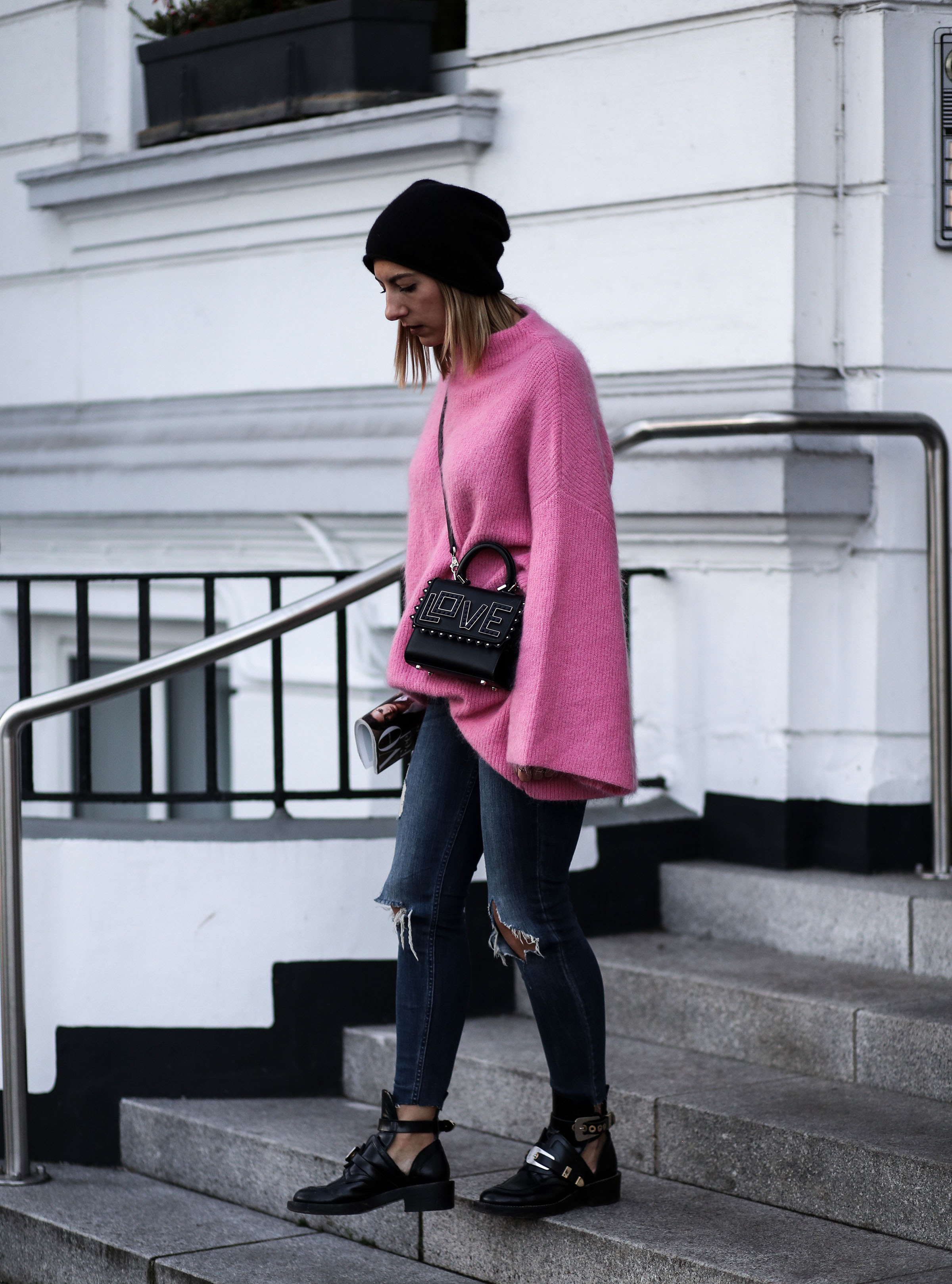 pink_oversized_pullover_hm